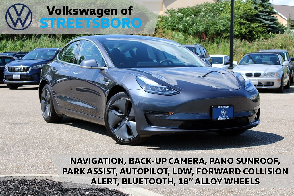 Pre-Owned 2019 Tesla Model 3 Long Range