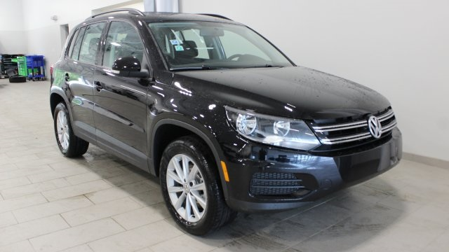 new 2017 volkswagen tiguan limited 2 0t 4d sport utility in streetsboro h042067 volkswagen of. Black Bedroom Furniture Sets. Home Design Ideas